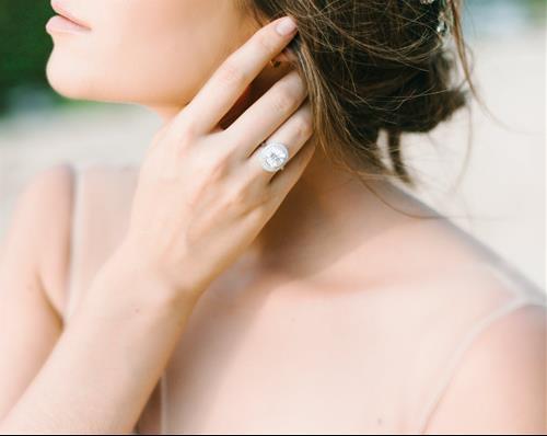 Chọn nhẫn cưới hợp phong thủy giúp lứa đôi hạnh phúc