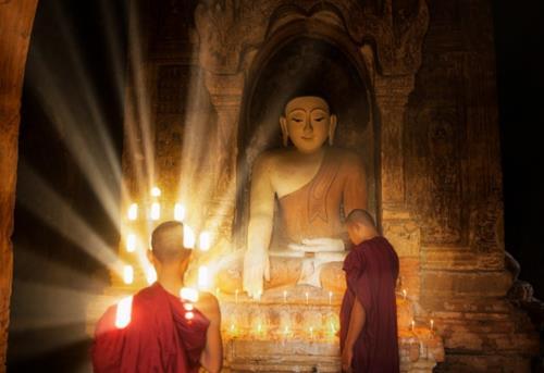nếp sống giản dị của người học Phật