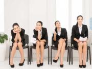 """Những kiểu ngồi """"tố"""" con người và vận mệnh phái đẹp"""
