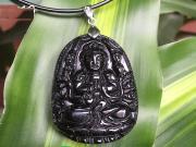 Những lưu ý cần biết khi đeo bản mệnh Phật Bất Động Bồ Tát